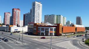 Лихачёвский проспект, 64